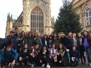 Delante de Bath Abbey